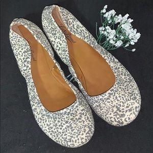 ☘️LUCKY BRAND Cheetah/Leopard🐆Flats Size 9
